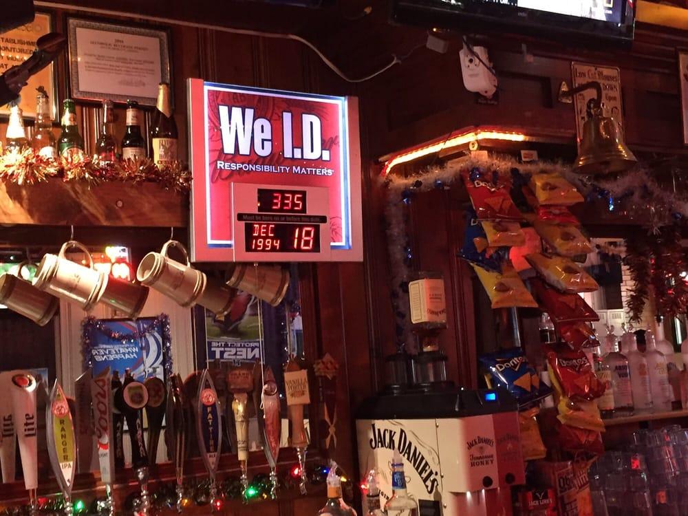 Whiskey Row Pub: 144 S Montezuma St, Prescott, AZ