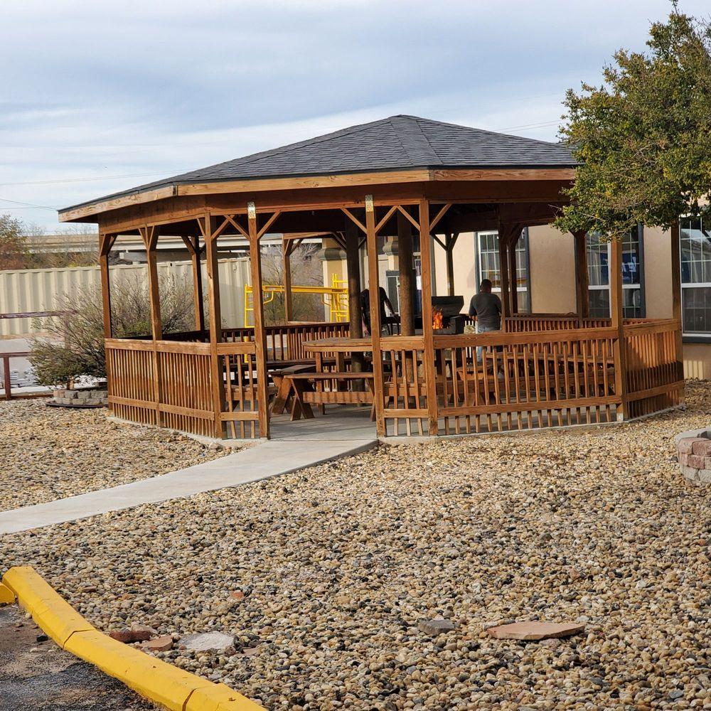 Quality Inn & Suites: 300 Tulane Ave, Big Spring, TX
