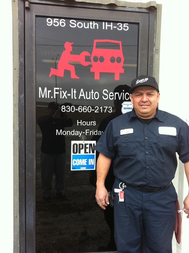 mr fix it auto service auto repair 956 s i 35 new braunfels tx phone number yelp. Black Bedroom Furniture Sets. Home Design Ideas