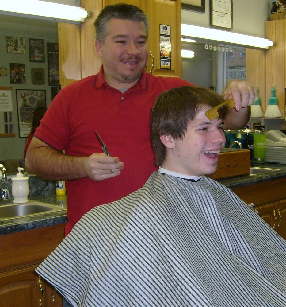 Barber Shop Lawrence Ks : Barber Shop - 15 Photos - Barbers - 924 Massachusetts St, Lawrence, KS ...