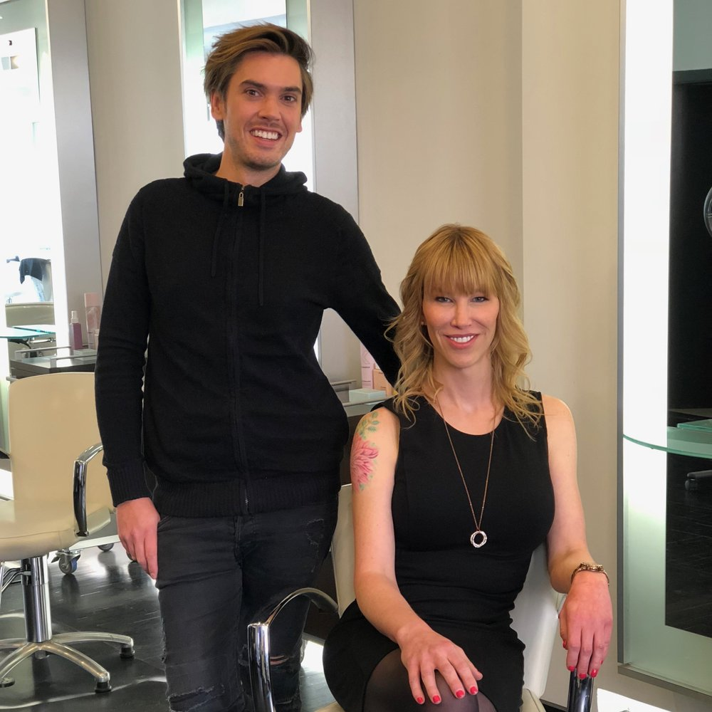 Will charles salon 12 photos 91 reviews hairdressers for Acote salon newbury