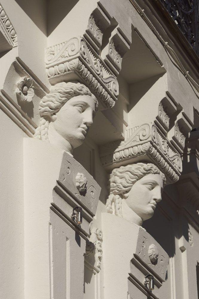 Love Hotel Rue St Denis