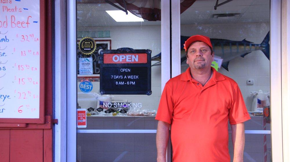 Destin ice seafood market deli 59 photos 40 reviews for Destin fish market