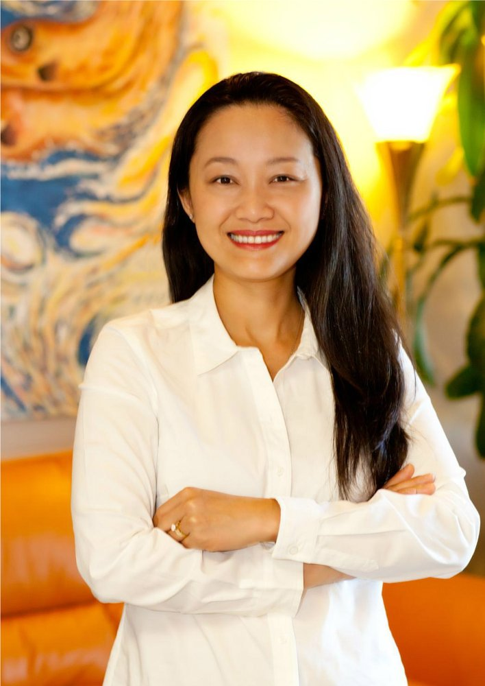 Kim Le Dds Ms Cosmetic Dentists 990 Hwy 287 N