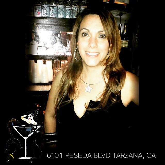 reseda girls Rashida jones was born in los angeles, the younger daughter of media mogul 2015/i inside out cool girl's emotions (voice) 2009-2015 parks and recreation (tv.