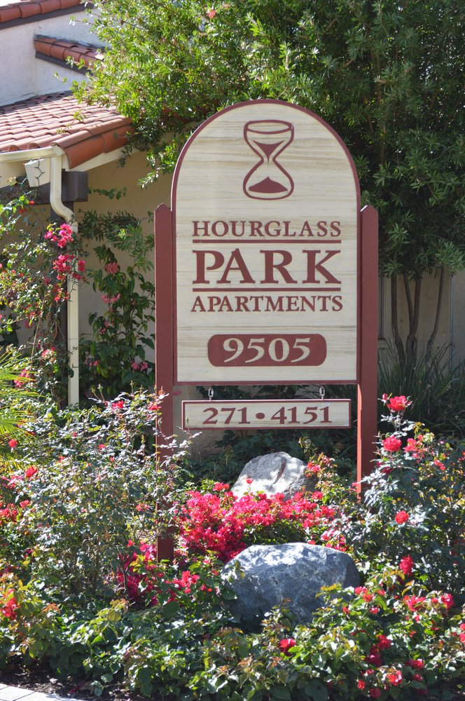 Hourglass park apartments 26 photos apartments 9505 for O kitchen mira mesa