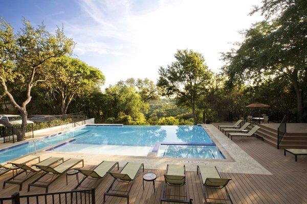 Retreat At Barton Creek Apartments