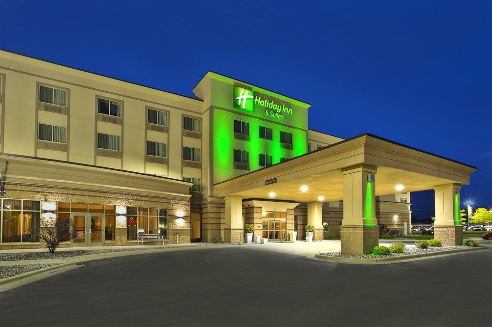 holiday inn hotel suites green bay stadium 19 photos. Black Bedroom Furniture Sets. Home Design Ideas