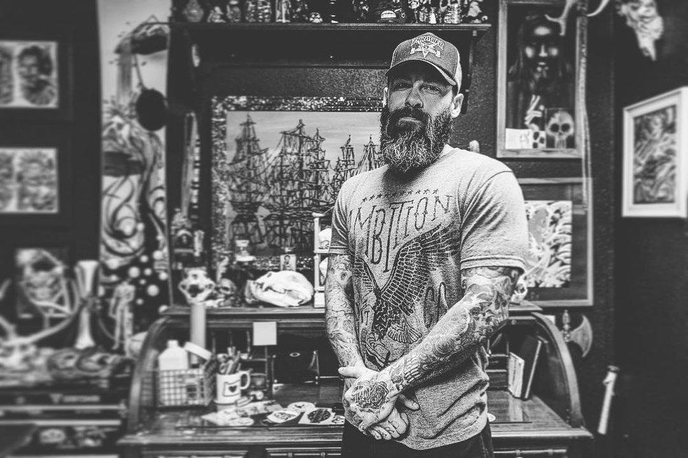 Spaded and jaded tattoo 79 photos tattoo 4666 s for Tulsa tattoo shops