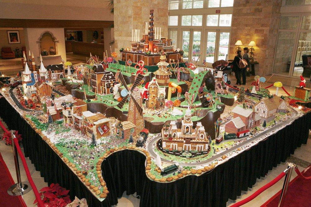 Valley S Largest Gingerbread Village On Display At Jw