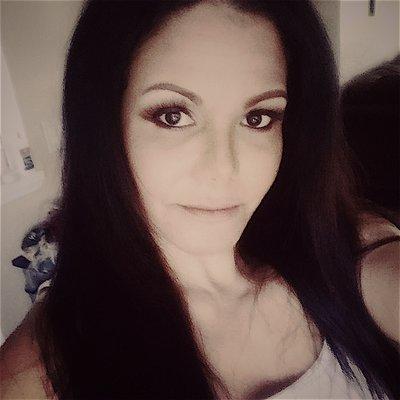 Sarina L.