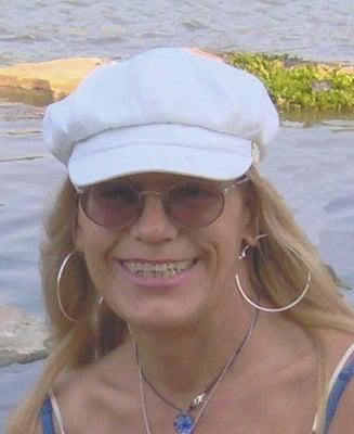 Roxane S.