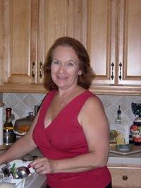 Gloria R.