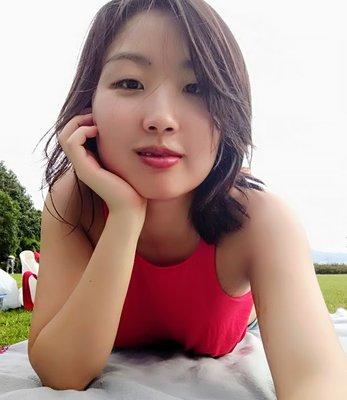 Ji Young J.