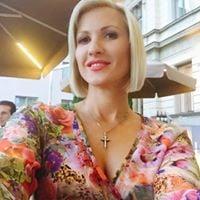 Svetlana C.