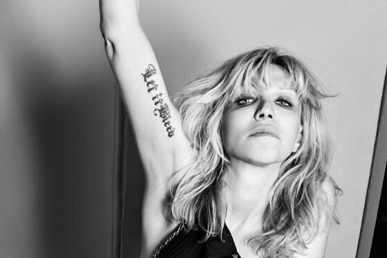 Courtney Love ..
