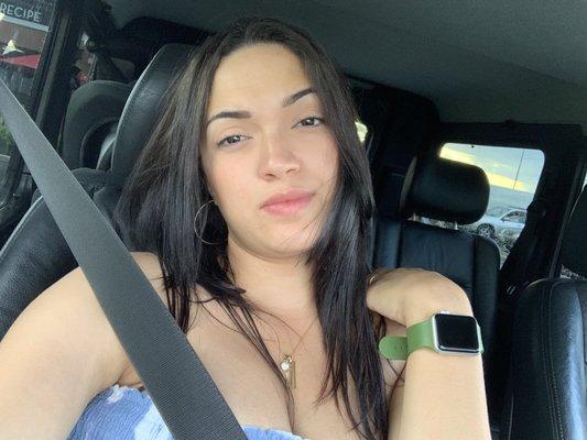 Yaliana R.